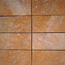 Rivestimenti esterni pietra naturale trachite arenaria - Parete in pietra naturale ...